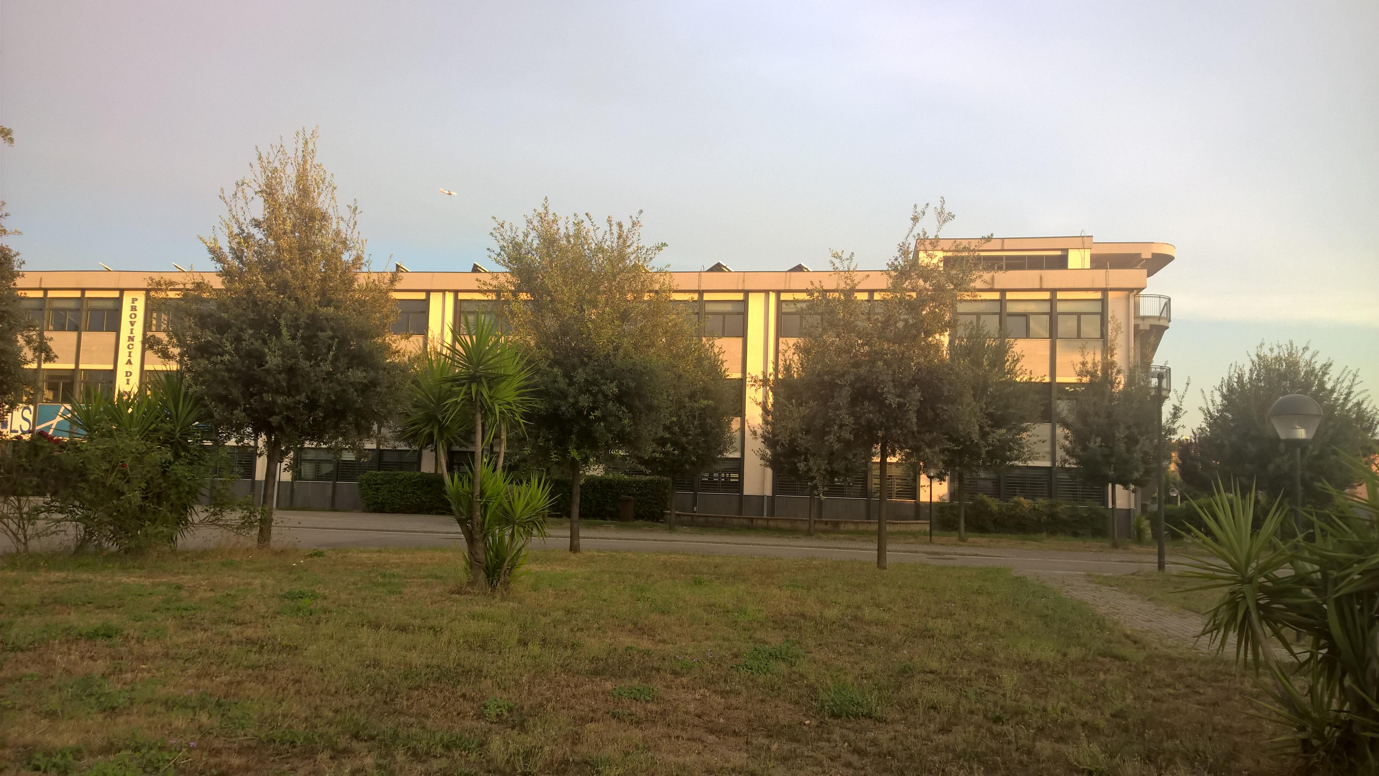 Istituto d istruzione superiore alfonso maria de liguori for Istituto superiore